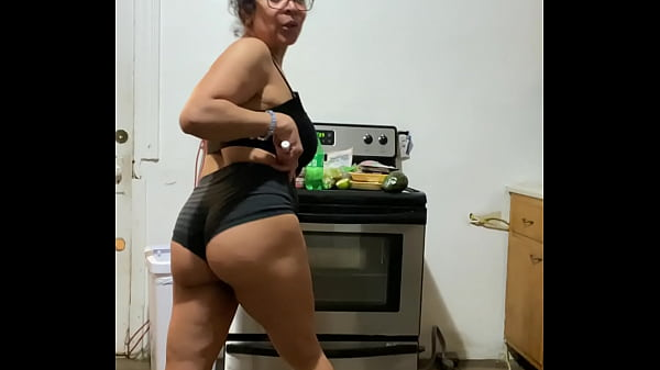 Anna maria mature latina sexy Dominican MILF in black part 3
