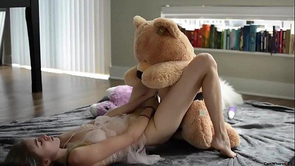 Girls Dicks Fucking Each Other