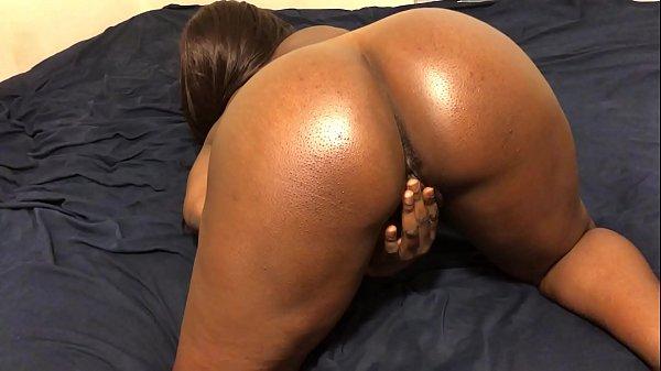 Ebony Teen Fingers Herself Until She Cums
