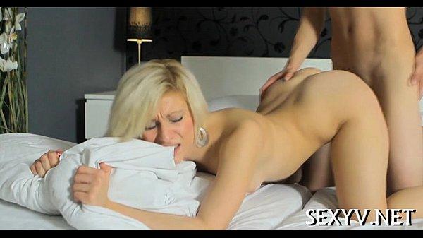 Good hot body in hot virgin sex Thumb