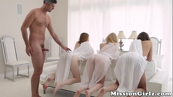 Young Mormon beauties fucked during elders private show