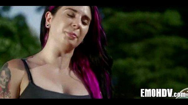 Hot emo pussy 240 Thumb