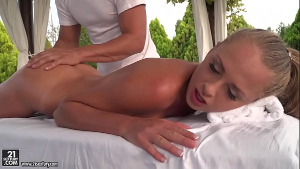 Blonde euro girl enjoys anal outdoors - Ivana S...