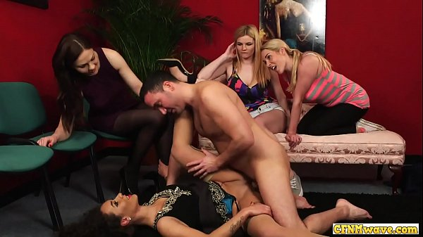 Femdom cfnm group watch babe getting fucked Thumb