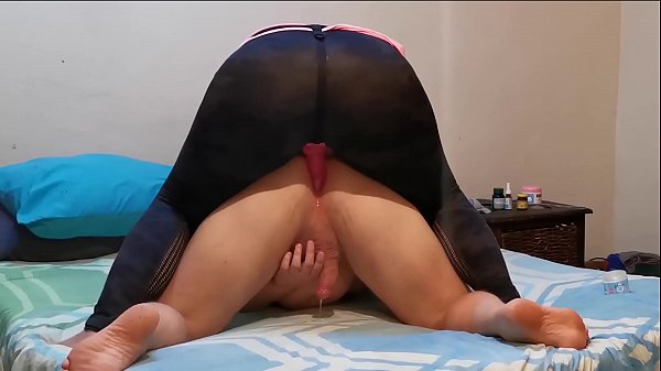Femdom Fucking the Cum Out His Ass No Hands Pro...