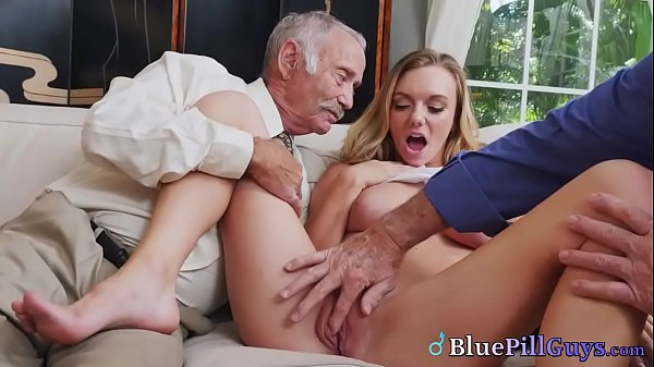 Hot College Babe Molly Mae Spreads Shaved Twat For Pensioners Thumb