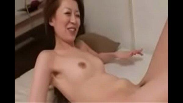 Người đàn ông Nhật xâm nhập cô gái JapaneseMan