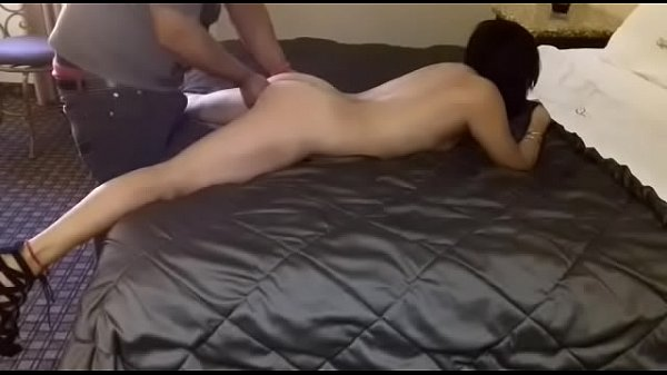horny wife, fingered by the ass, they warmed me very rich