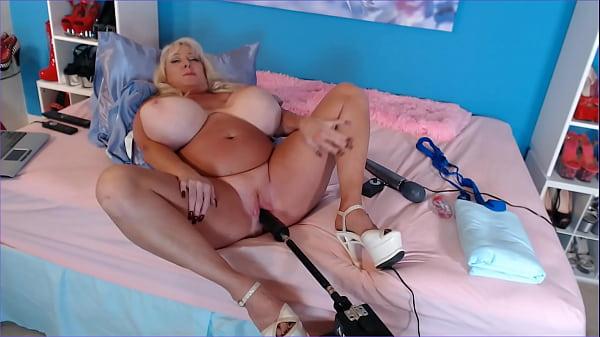 Kayla Kleevage using Fuck Machine