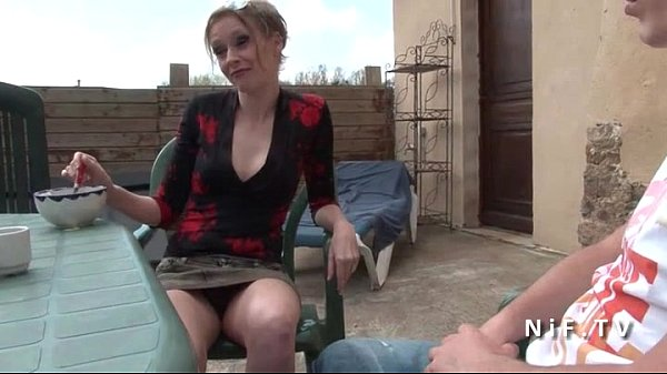 French mom seduces y. guy and gets sodomized ou...