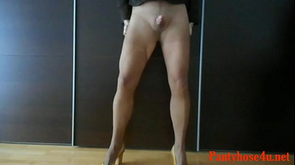 Pantyhose and Cum Free Gay Crossdresser Porn Video e3-Pantyhose4u.net