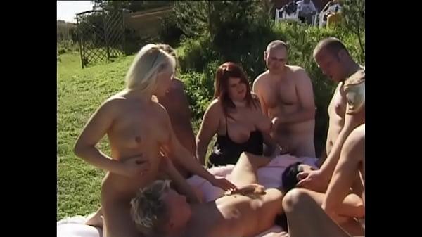 swingers gangbang sex orgy Thumb