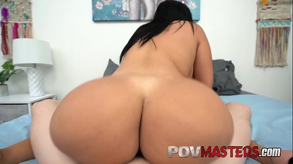 Latina Bubble Butt Beauty Tokyo Lynn Loves Riding Big Dick POV