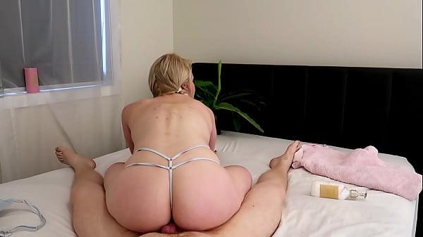 PREVIEW MASSAGE FUCK BODY SLIDE jessieleepierce.manyvids.com BOY GIRL titty fuck masaage parlour big ass bounce on cock