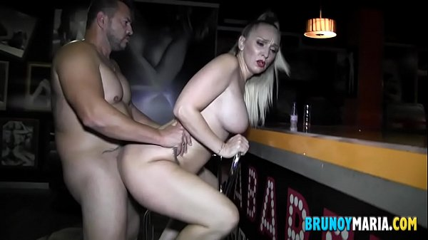 Daniela SQUIRTING: my wife. They are all crazy about fucking her