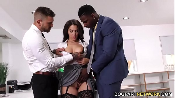 Black Immigration Officer Wants Valentina Nappi's Ass 9 min 720p