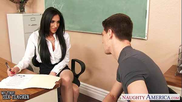 Busty sex teacher Jaclyn Taylor gets banged in classroom