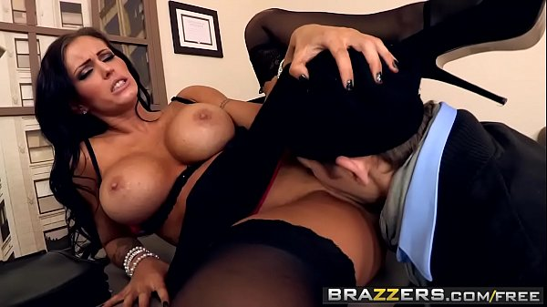 Brazzers - Shes Gonna Squirt - Fuck My Heaving Bosoms scene starring Jenna Presley and Erik Everhard Thumb