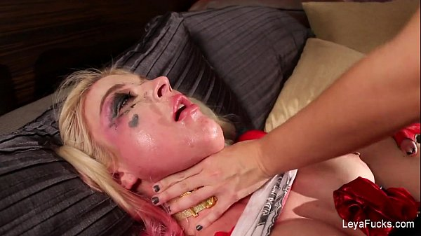 Leya Falcon gets ass fucked with a strapon