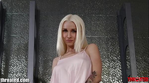 Throated Tatooed pornstar Stevie Shae gets a HA...
