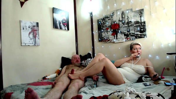Spouses Aimee and Peter from Russia with love! )) Blowjob, handjob, footjob, fisting, cowgirl and double dildo show, hot anal orgasm and wild moans of sex crazed MILF …