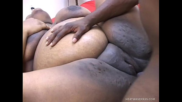 pregnant-black-hooker-paid-to-take-sperm-HI