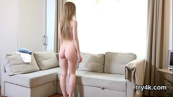 Natural girl gives a blowjob in pov and gets pink hole nailed