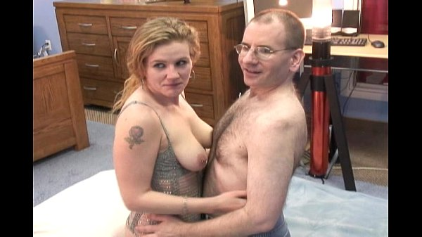 nerd guy and housewife fucks