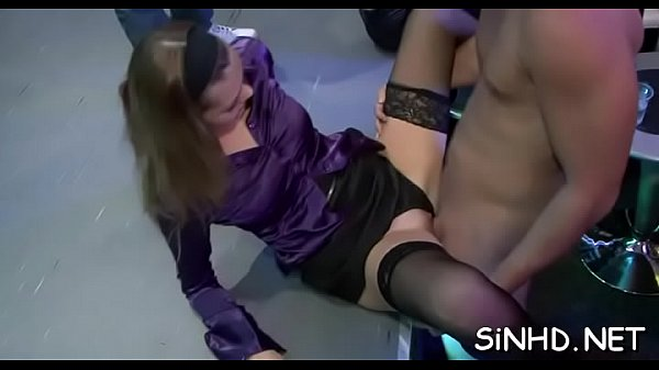 Steamy sexy club actions