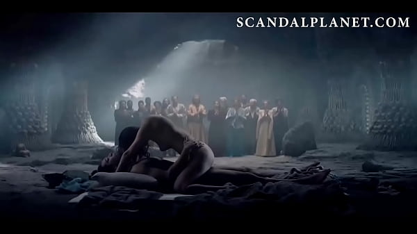 Anya Chalotra as Yennefer ( The Witcher Netflix ) sex scene