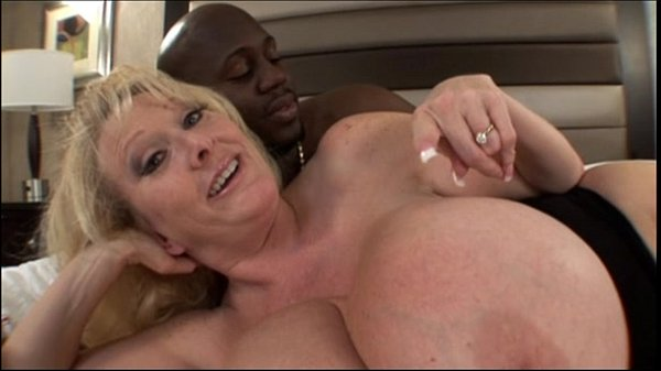 Mom big tits milf Mature Milf With Huge Melons Bangs In Mom Big Tits Video Xvideos Com