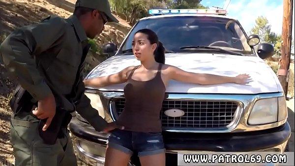 Latina Erste Monster Schwanz