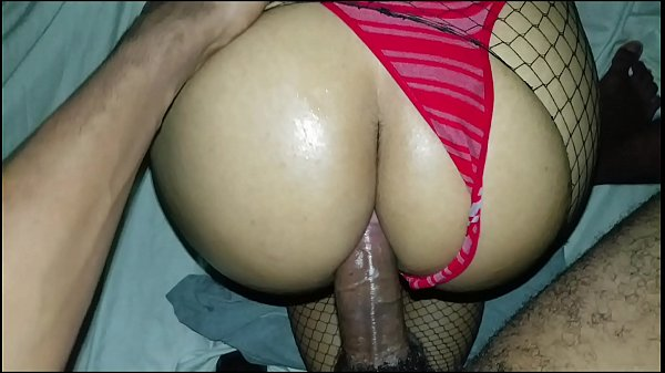 First anal a thief breaks my door while I bathe. Solprende gives me an incredible fuck and cums in my ass