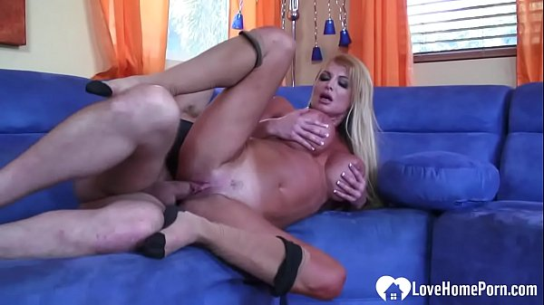 Sexy wife wants her hubby's big pecker