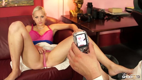 Fake photographer fuck sexy blondie cuming in her mouth Thumb