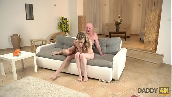 DADDY4K. Excited boy finds his modest girlfrien...