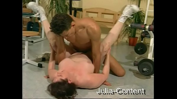 Busty women fucked by Fitness-Trainer