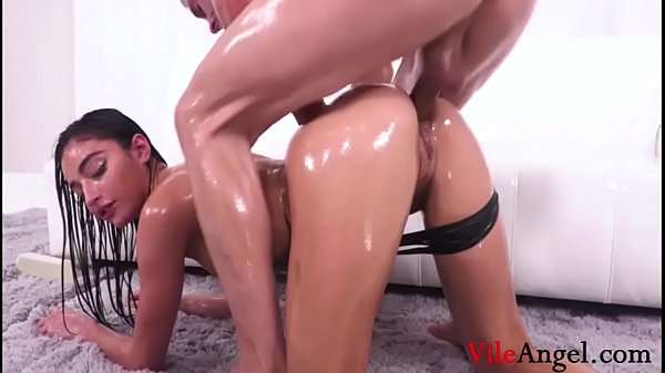 The Best Oiled Anal-Emily Willis