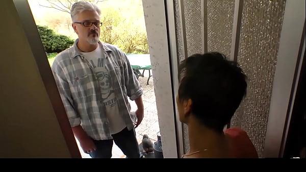 HAUSFRAU FICKEN - Amateur German mature housewife eats cum in hardcore sex Thumb