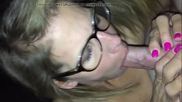 Amateur mature cougar orally pleasing young man...