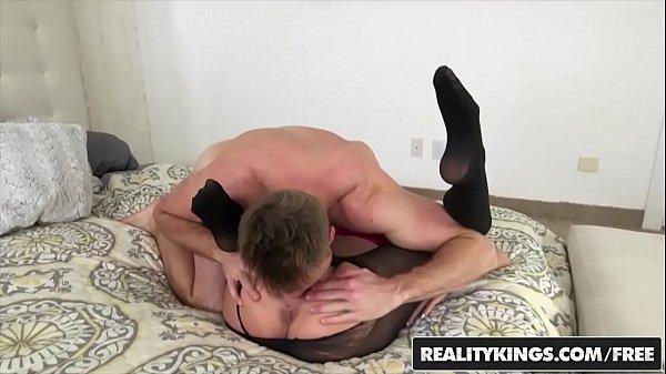 RealityKings - Milf Hunter - (Jessy, Levi Cash) - Rock The Cock