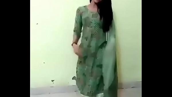 maahi hot girl dancing