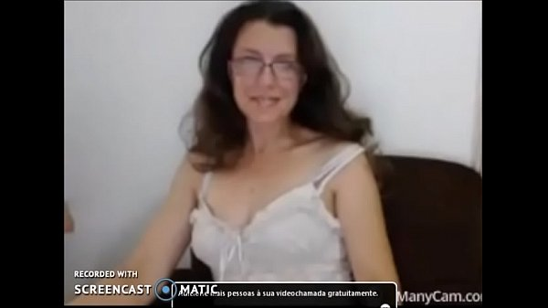 Safada paulista shows on cam