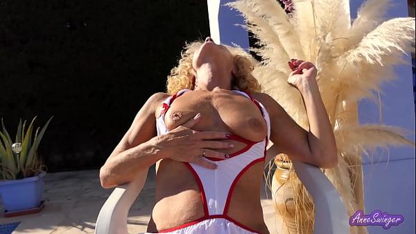 Erotic video 1 - Smoking.
