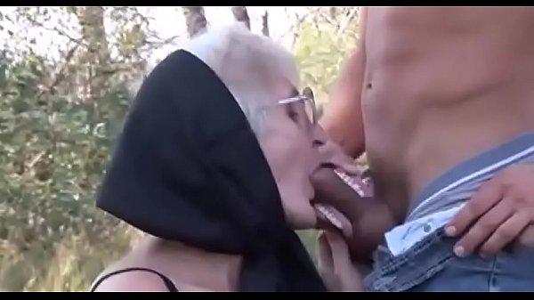 Breve porno madri gratis