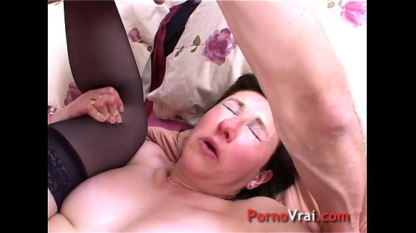 Orgasm mature naive french with a stranger French amateur Thumb