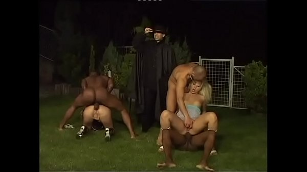 Vicious white ladies buggered by black guys in ...