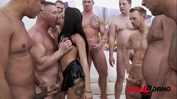 Top Nympho Lola Bulgari 10 man Gangbang - Extra...