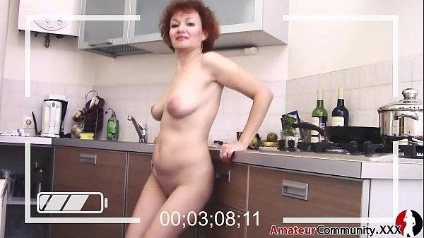 WANNABE pornstar milf strip tease Thumb