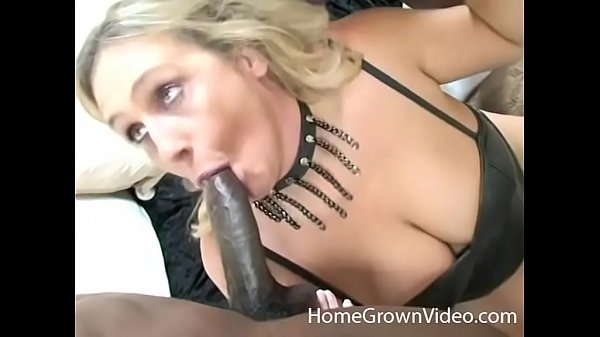 Mature big tit housewives sucking two black cocks at once Busty Blonde Mature Sucks Two Black Cocks Xvideos Com